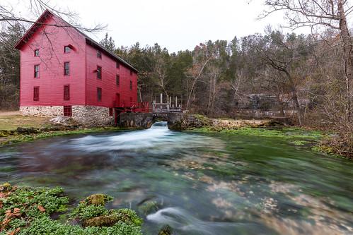 water landscape missouri spring eminence unitedstates us