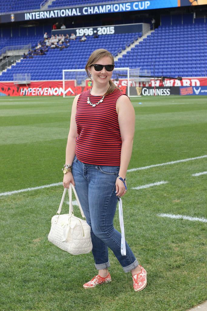 striped crop top jeans Loren hope blythe necklace