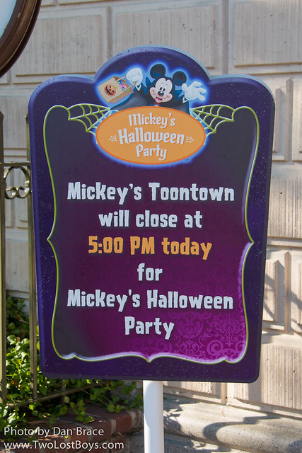 Mickey's Halloween Party