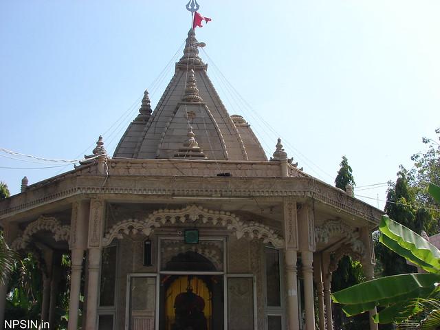 Viman on Shri Gauri Shankar temple with trishul and saffron flag