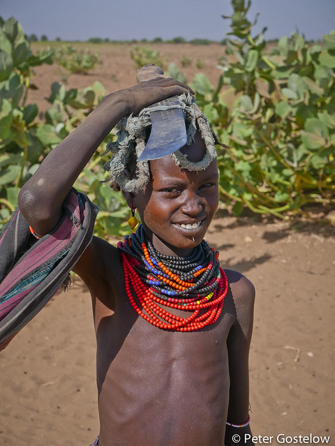 Ethiopian girl beside Omo River