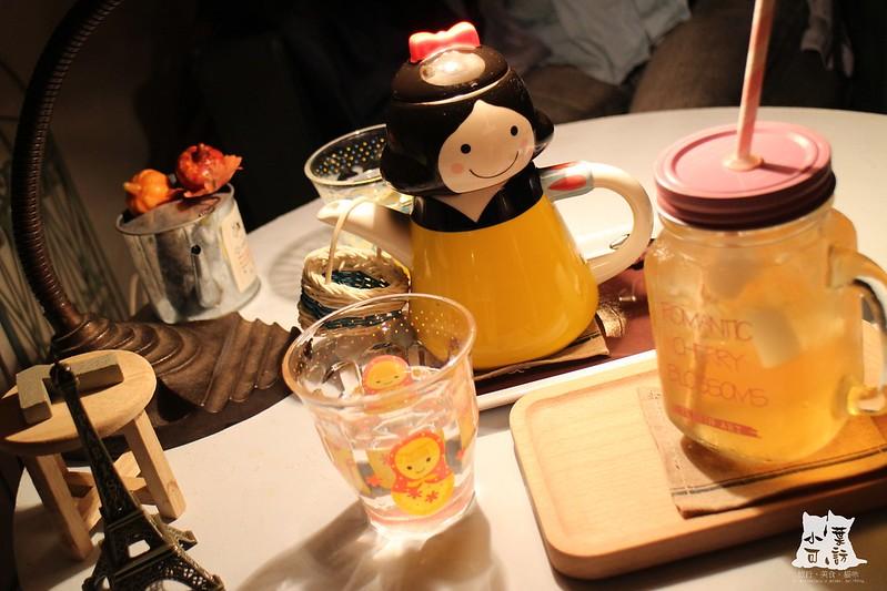 板橋咖啡館板橋喝下午茶!Petit Tuz小兔子鄉村輕食雜貨鋪 板橋小兔子咖啡館 板橋小兔子咖啡雜貨店咖啡店