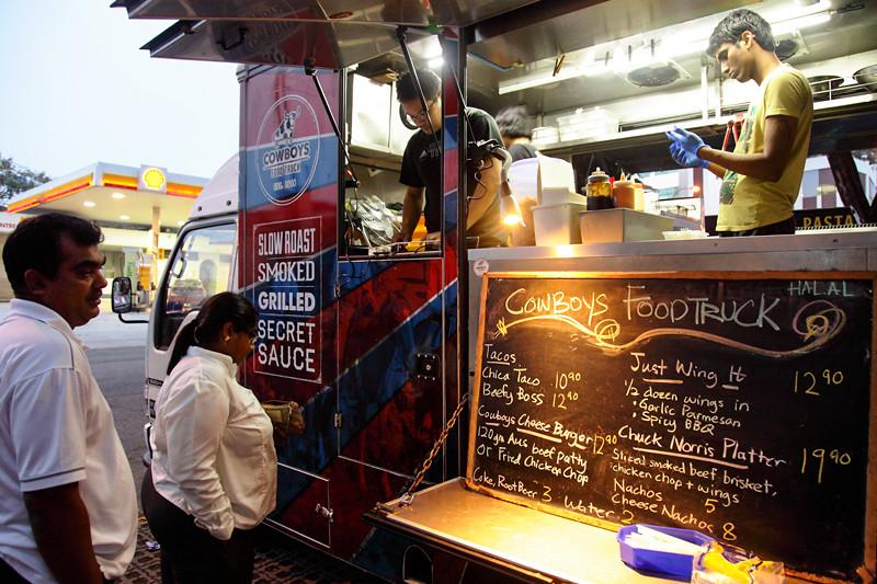 Cowboy's-Food-Truck-Signboard-Menu