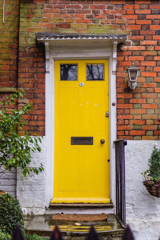 bright yellow door london