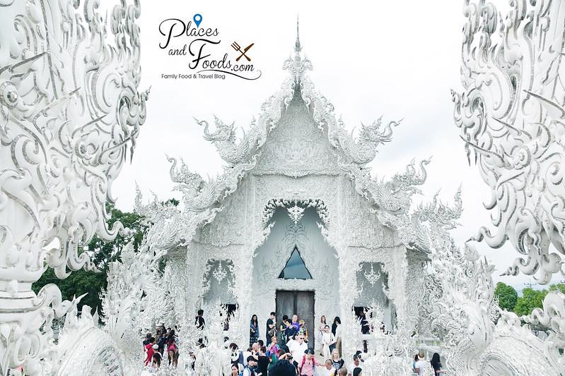 chiang rai white temple bridge temple shot