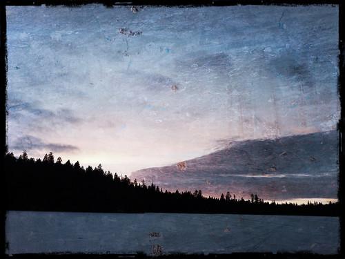 Frozen sunset in Pixlromatic