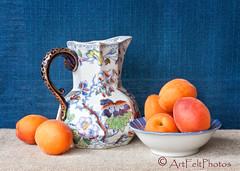 14023-apricots-jug-and-dish