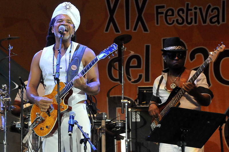 Carlinhos Brown, invitado internacional del Petronio se lució