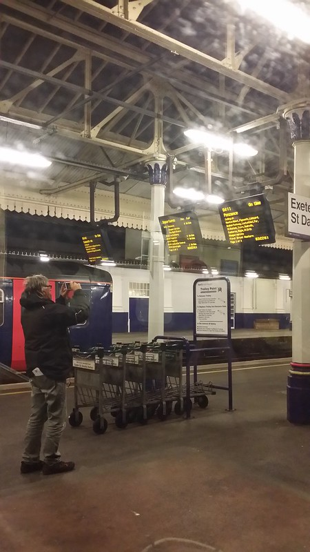 Trainspotter at 3am