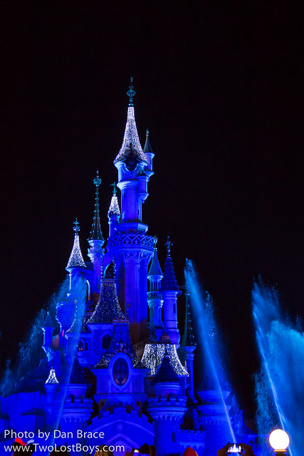 Frozen Fountain Show