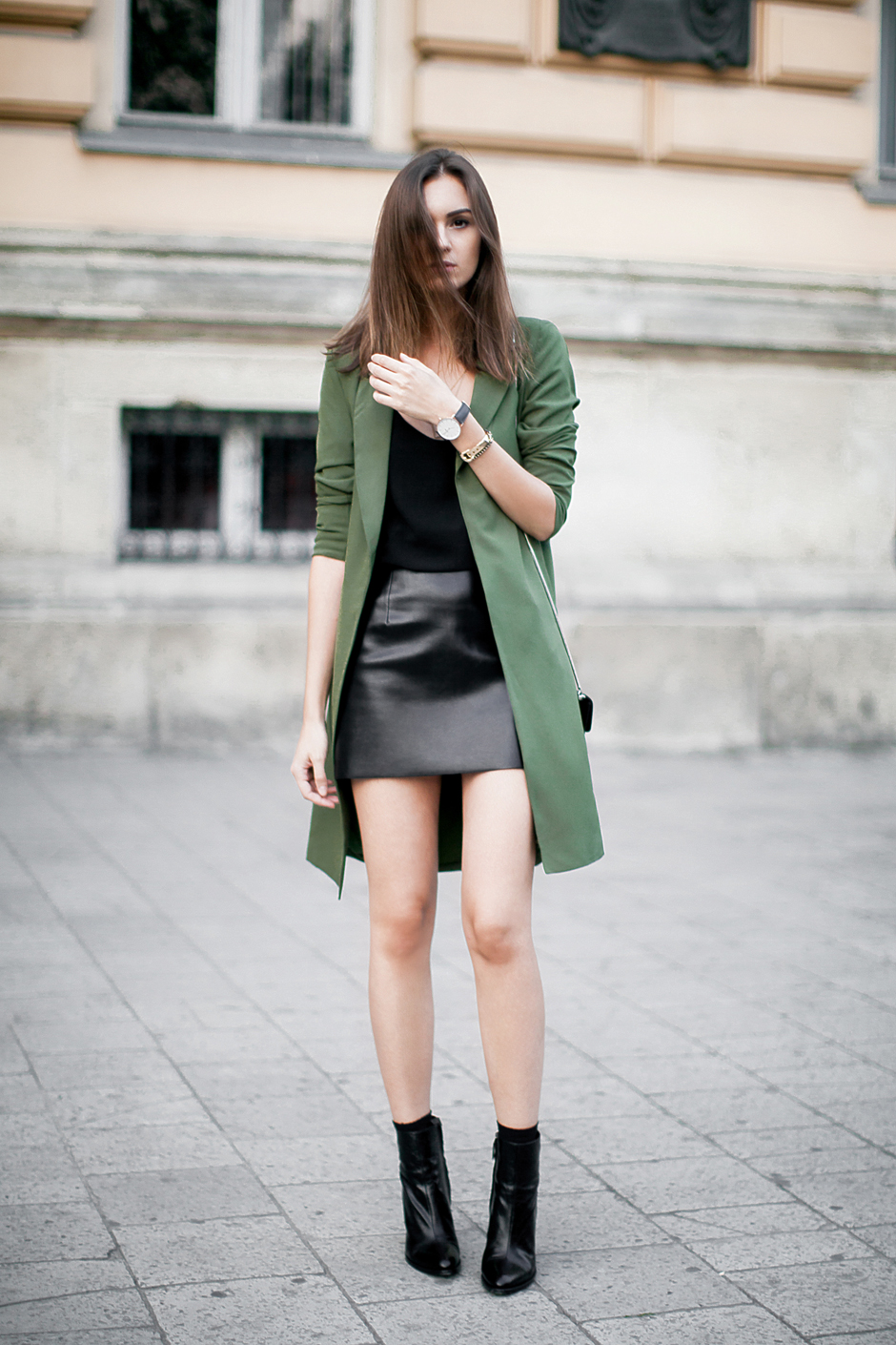 fashion-look-street-style-military-green-coat