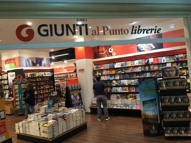 Giunti al Punto librairie