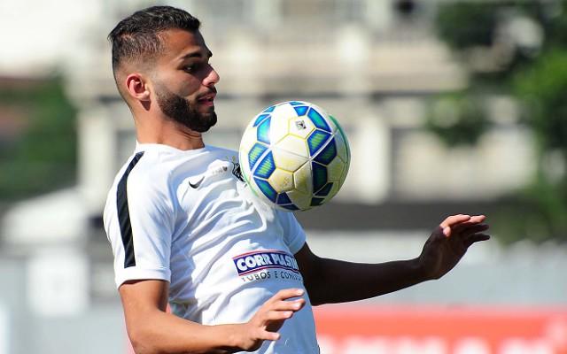 """Thiago Maia promete cumprir contrato com o Santos at� o fim: """"Quero ficar"""""""