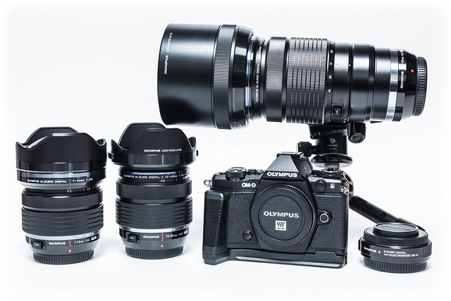 20151125_03_OLYMPUS OM-D E-M5 MarkII、ECG-2、M.ZD7-14F2.8PRO、M.ZD12-40F2.8PRO、M.ZD40-150F2.8PRO、MC-14