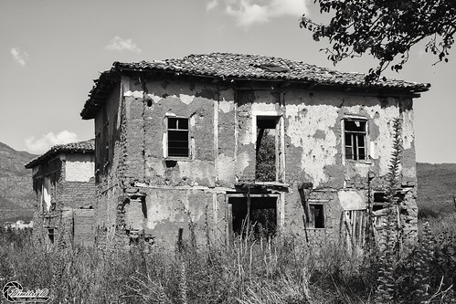 μακεδονία ελλάδα κορέστεια κρανιώνασ macedonian macedoniatimeless macedonia macedoniagreece greece hellas koresteia kranionas ruins abandoned decacy samsungnx1 samsungnx1650228s