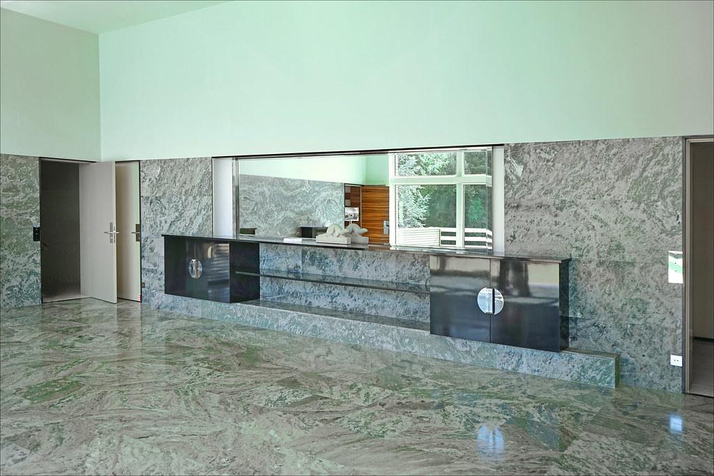 villa cavrois villa cavrois cette facade and roof top villa cavrois villa cavrois villa. Black Bedroom Furniture Sets. Home Design Ideas