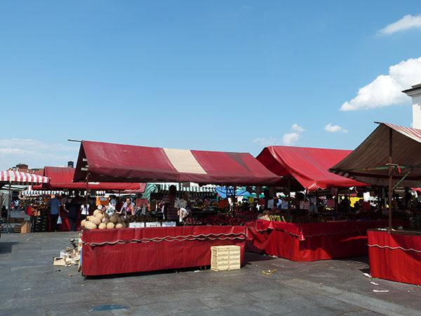 marché république de turin