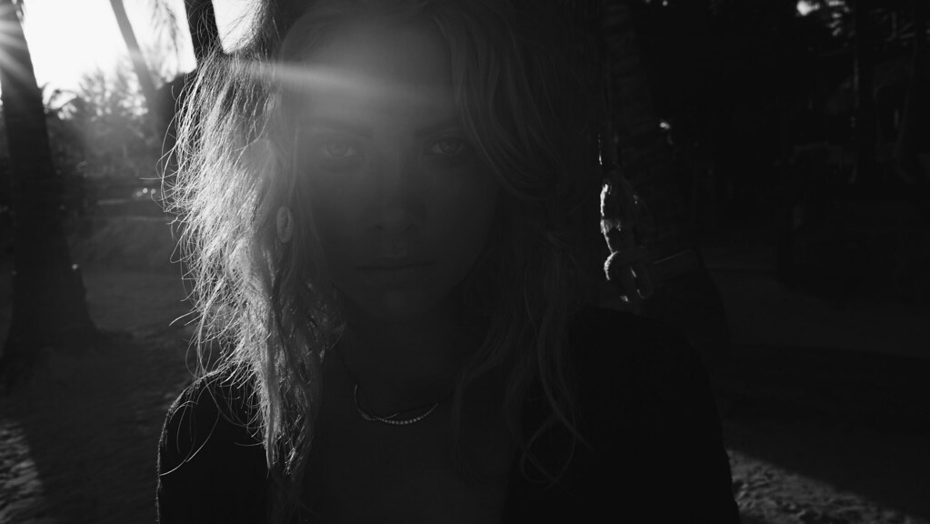 Эшли Бенсон — Фотосессия для «Find Your California» 2015 – 45