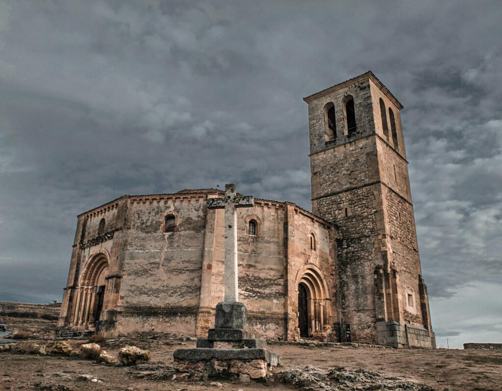Iglesia De La Vera Cruz Segovia Cosgaya Flickr