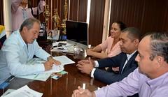 Firman convenio de intención para planta de agua potable