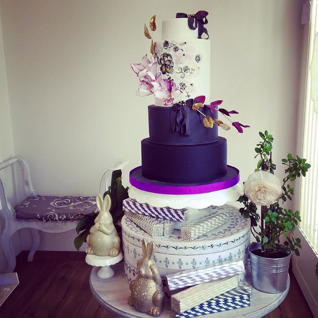 Wedding Cake by Sweet Cupcakes, The Cake Studio