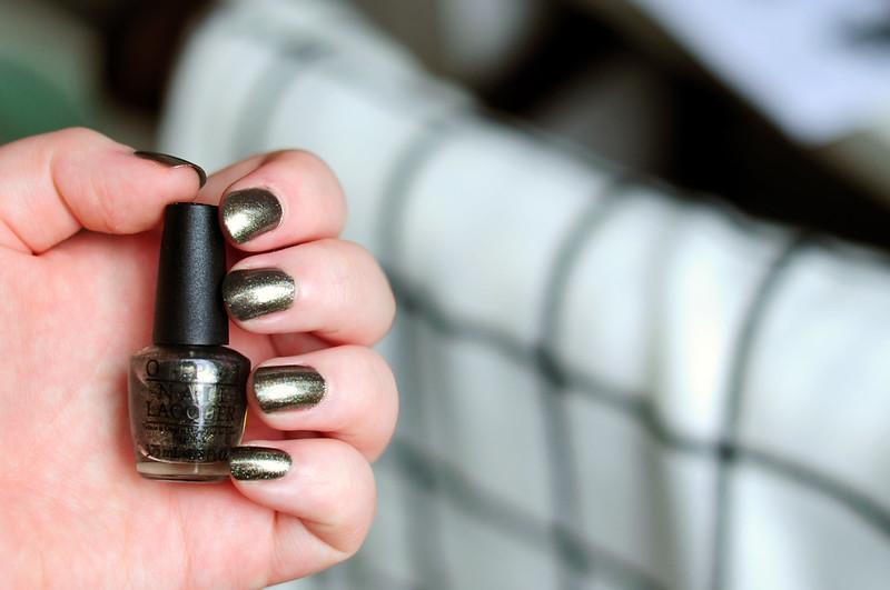 notd-opi-number-one-nemesis-nail-polish-rottenotter-rotten-otter-blog