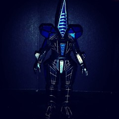 I bought this #Ultraman #kaiju not based on my knowledge of the character, but because of his odd techno looking nature. Very #tron vibe. #actionfigures #ToyGameTedDibase #toyhorder #toyhunting #toyhustle #toyfinds #vinyl #Japanese #sofubi #seijin #Raging