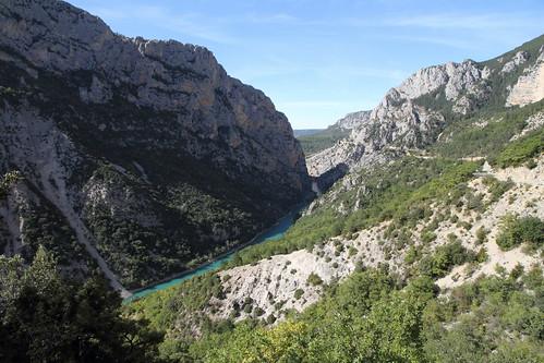 france rock river landscape view walk turquoise hike rivière trail gorge provence paysage verdon balade gorgesduverdon sentierdespêcheurs
