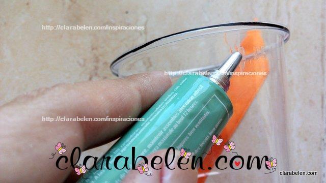 Como hacer calabazas con bases de botellas de plastico