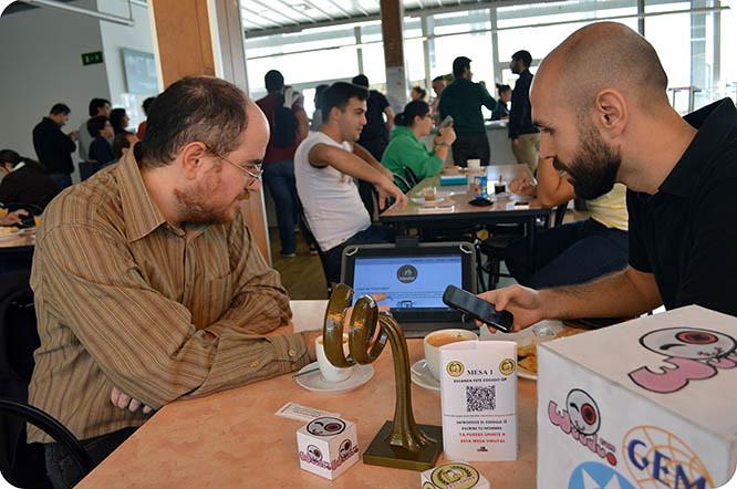 Premian a dos exalumnos de la UPCT creadores de una red social para pedir comida y compartir mesa