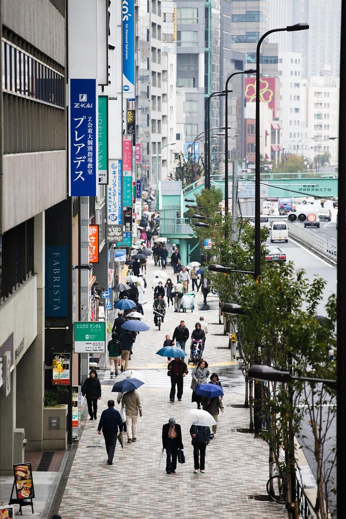 Shibuya 2 Chome, Tokyo, Shibuya-ku, Tokyo Prefecture, Japan, 0.004 sec (1/250), f/3.2, 200 mm, EF70-200mm f/2.8L IS II USM