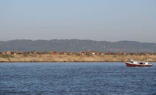 Trajet en bateau sur le fleuve Irrawaddy (de Mandalay à Bagan)