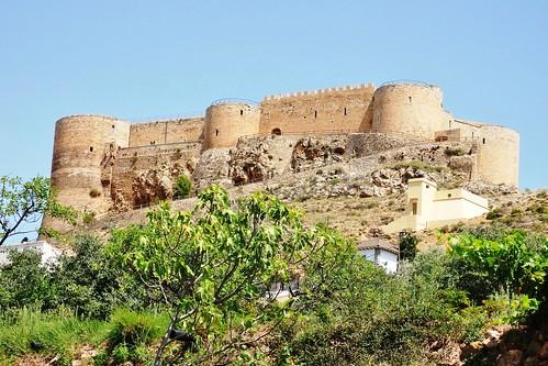 Castillo Mesones de Isuela (1370)