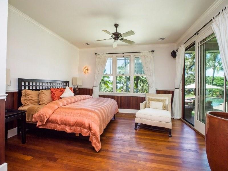 Дизайн спальни виллы