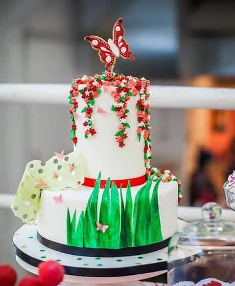 Cake by La borsa di Mary Poppins dalla cucina al Cake Design