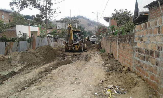 En Puerto Arturo arreglan daño de red del agua potable