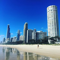 Love this time of year #warm #shirtoff #beachlife #beach #beachwalk #goldcoast #surfersparadise #bluesky