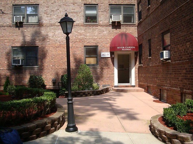 1 BR CO-OP FOREST HILLS