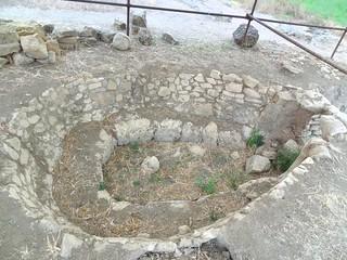 Imagen de Metapontum cerca de Santa Palagina. history greek stones greece magnagraecia archeology greco archeo archeologia acient scavi ellenistico magnagregia