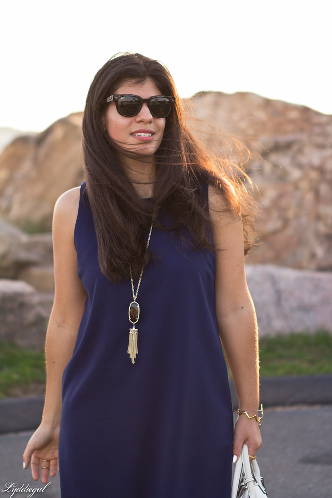 navy scalloped dress, white bag and sandals.jpg