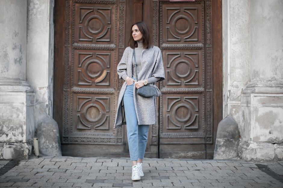 robe-coat-mom-jeans-outfit-street-style