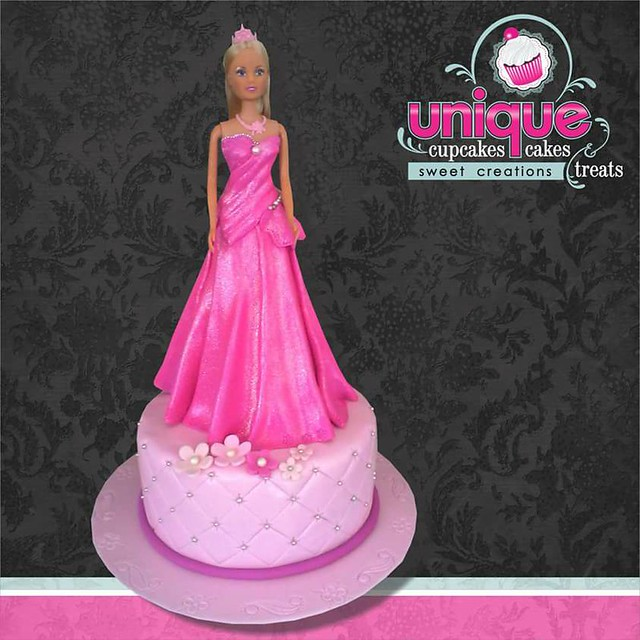 Barbie Cake by Rina van Wyk of Unique Cupcakes