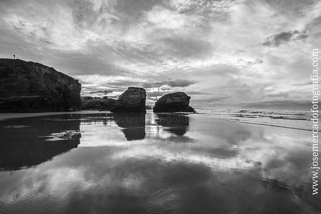 Playa de las Catedrales #Galicia Con la cámara #Sony #A7 lente #Zeiss 16-35 2.8