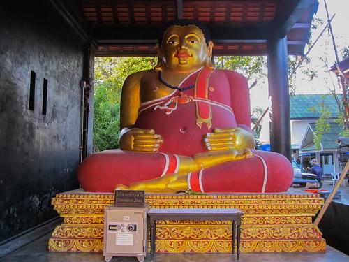 Chiang Mai: celui-ci n'est pas un bouddha mais Tan Pra Maha Kajjana