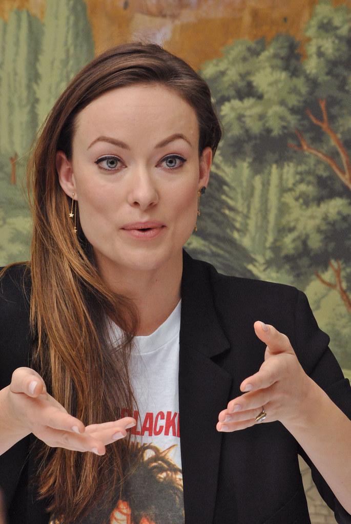 Оливия Уайлд — Пресс-конференция «Винил» 2015 – 38