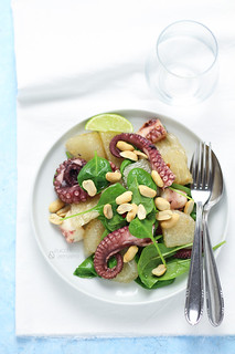 Octopus and pomelo thai salad