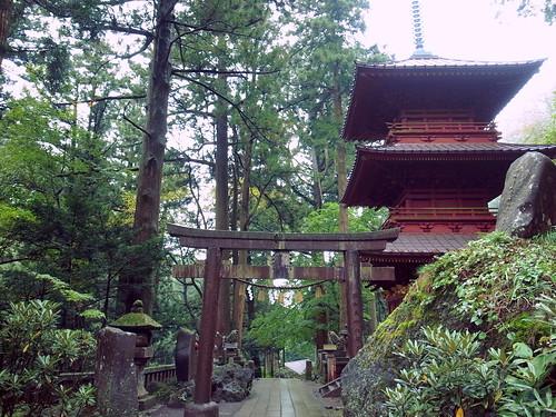 Haruna Jinja Shrine 榛名神社 神宝殿 三重塔