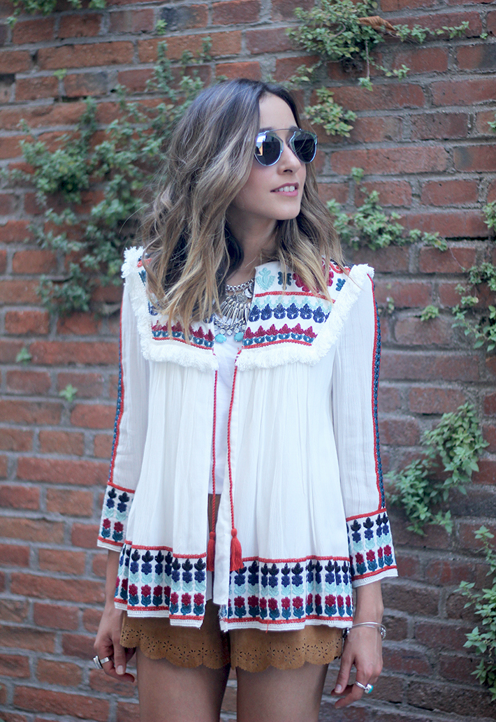 embroidered jacket summer outfit streetstyle suede shorts11