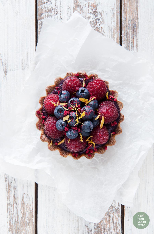 Blueberry tart (raw & vegan)