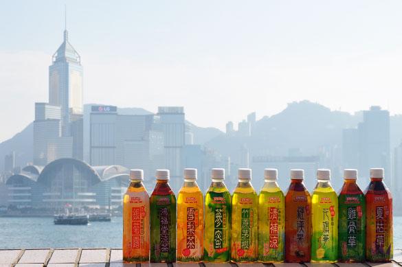 香港で漢方飲料を飲み比べ